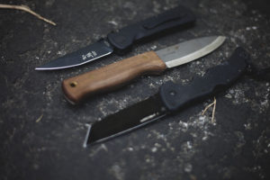 Information on different types of knife blades